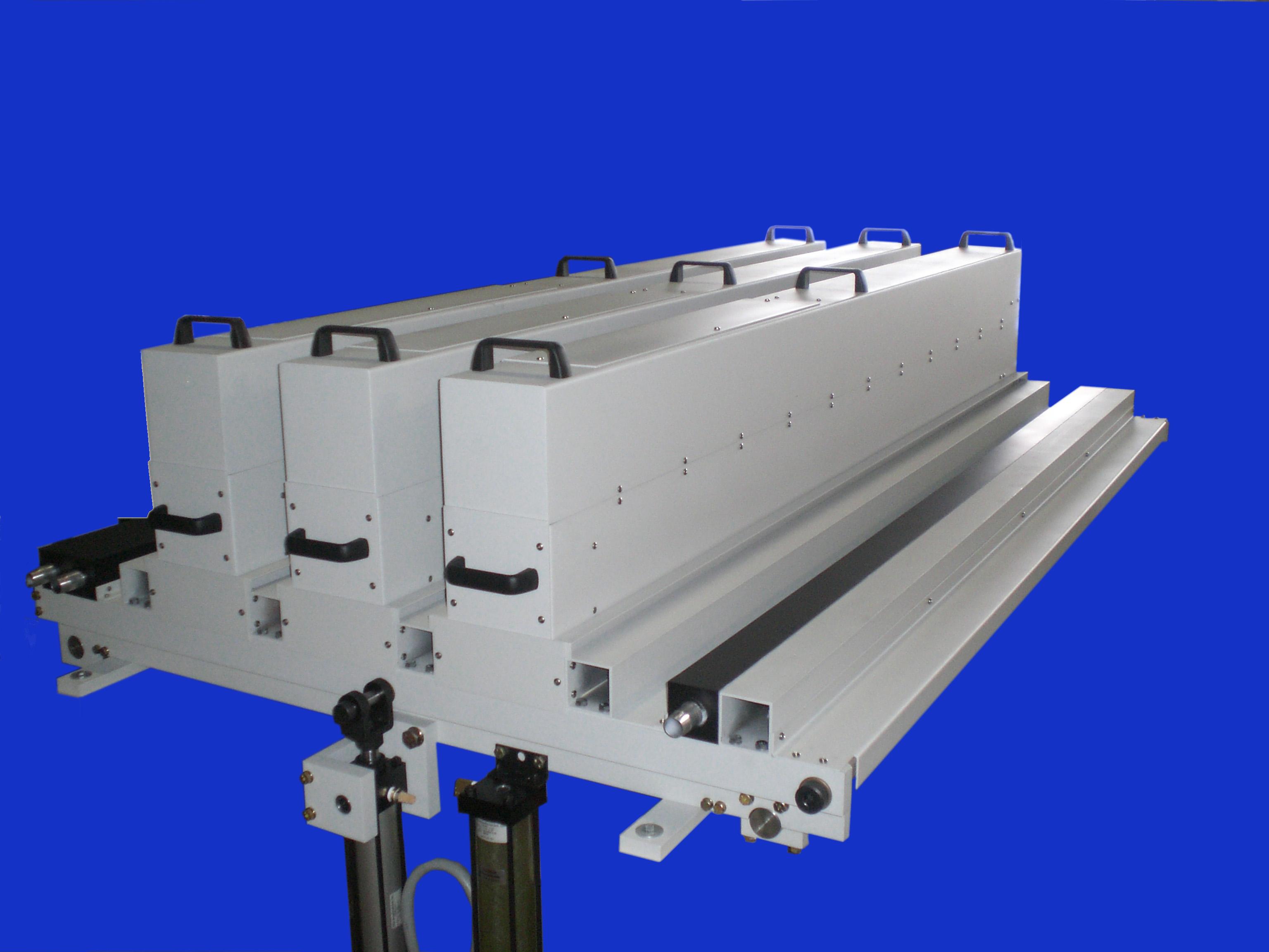 Uv silicone sealant gun